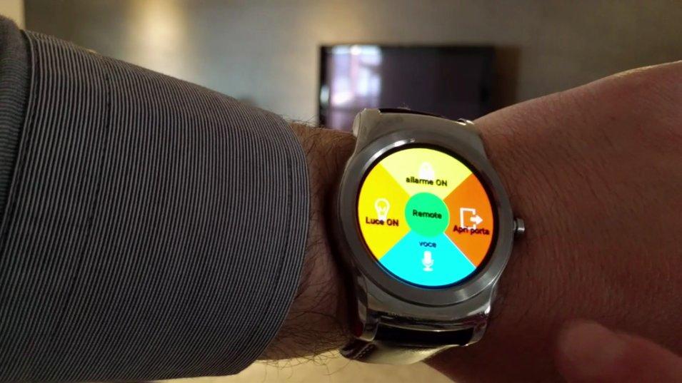 La casa a portata di Smartwatch